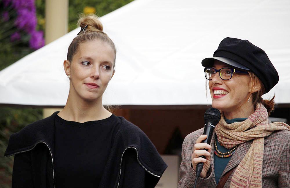 Sara Taiocchi e Tatiana Bertera (con il microfono), vincitrici del premio speciale IMS