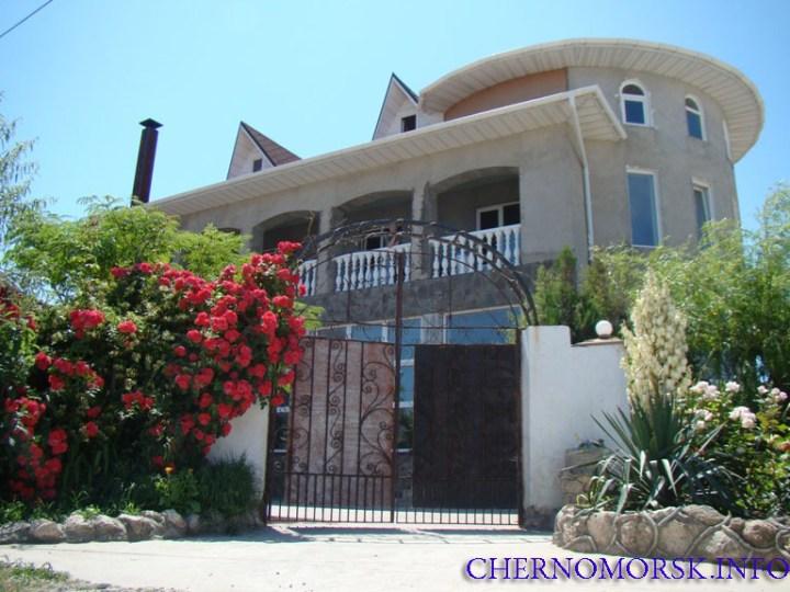 Гостевой дом - кафе Атеш на берегу пляжа пгт Черноморское