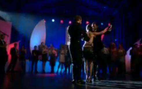 Love triangle tango
