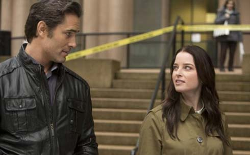 Victor Webster and Rachel Nichols in Continuum