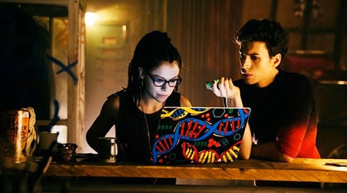 Gotta love the double helix stickers on Cosima's computer