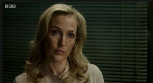 A kind and gentle Stella Gibson interviews one of Spector's victims.