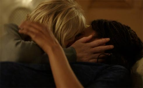 Caroline and Kate kissing