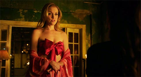Tamsin in a bow.