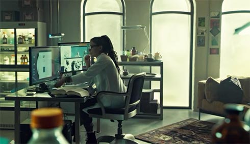 Cosima in the lab