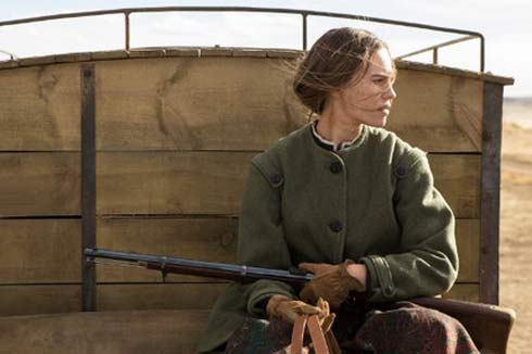 Hillary Swank in The Homesman