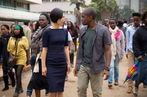 The Korean Sun Bak is played by Doona Bae and the Indian Capheus van Damnne is played by Aml Ameen .