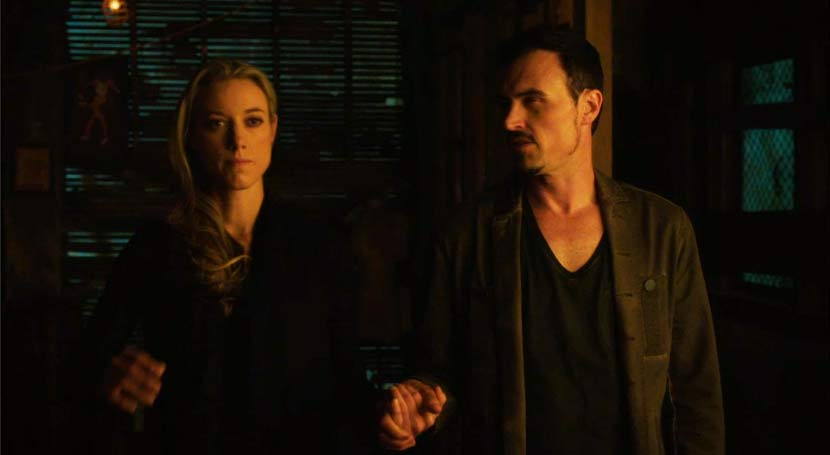 Lost Girl: S5 E10 Like Father, Like Daughter - Old Ain't Dead