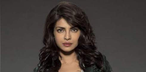 Quantico: The First 8 Minutes Offers a Look at Priyanka Chopra, an Exciting New Star