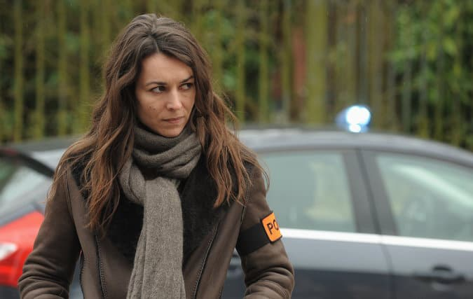 Marie Dompnier in Witnesses