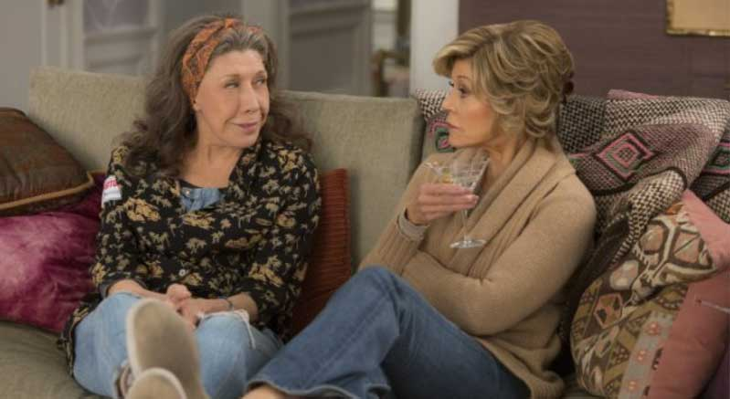 Preview Photos from Season 2 of Grace and Frankie
