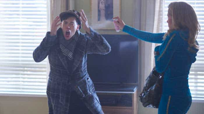 Jordan Gavaris and Tatiana Maslany in Orphan Black