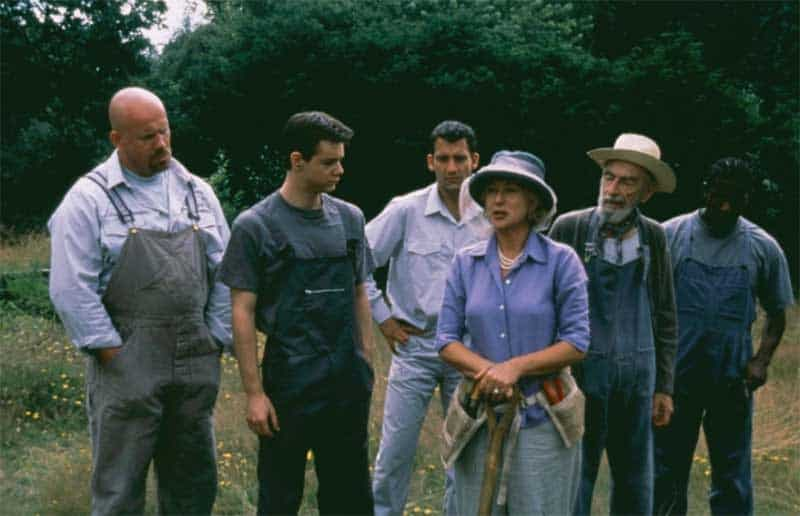 Adam Fogerty, Danny Dyer, Clive Owen, Helen Mirren, David Kelly, and Paterson Joseph in Greenfingers