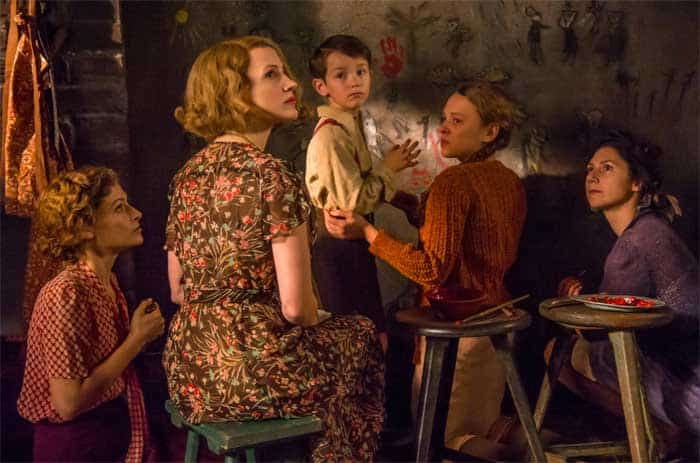 Jessica Chastain and Shira Haas in The Zookeepers Wife