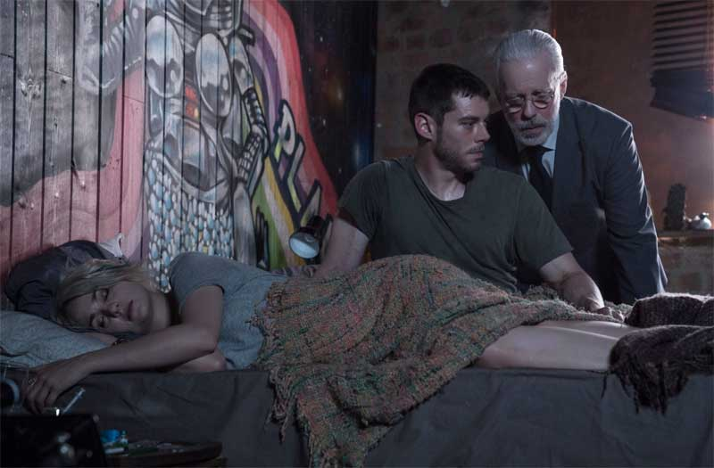 Tuppence Middleton, Brian Smith and Terrence Mann in Sense8