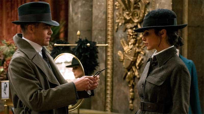 Chris Pine and Gal Gadot in Wonder Woman