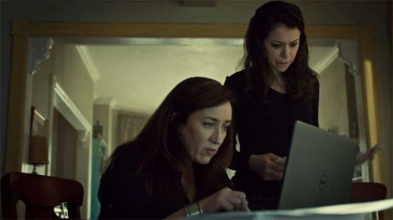 Maria Doyle Kennedy and Tatiana Maslany as Sarah in Orphan Black
