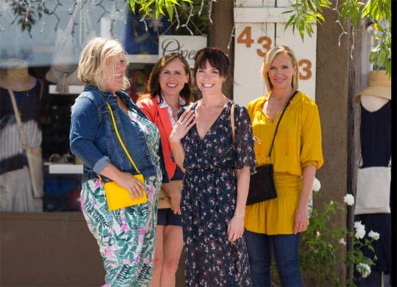 Toni Collette, Molly Shannon, Katie Aselton, and Bridget Everett in Fun Mom Dinner