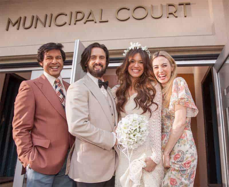 Jon Huertas, Mandy Moore, Milo Ventimiglia and Wynn Everett in This is Us