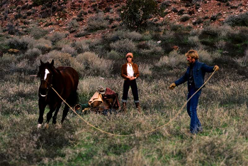 Jane Fonda and Robert Redford in The Electric Horseman