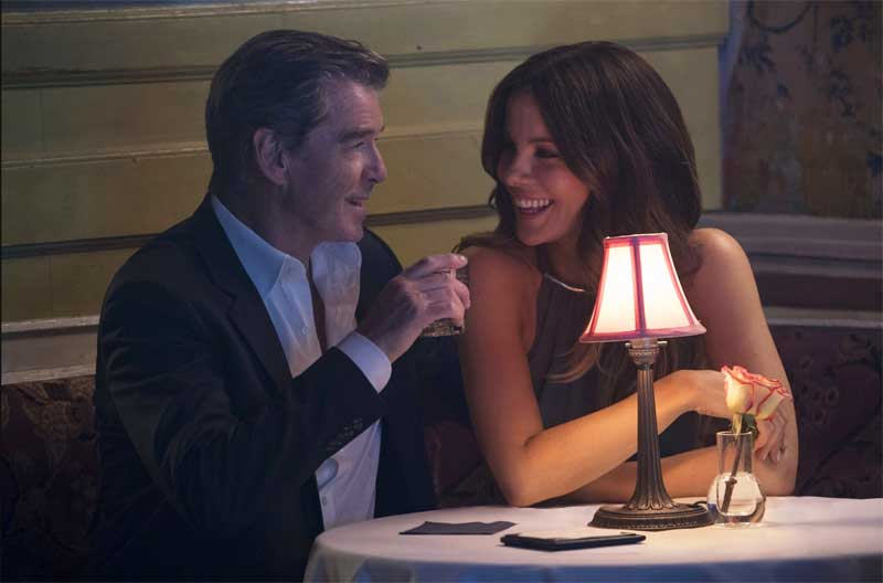 Pierce Brosnan and Kate Beckinsale in The Only Living Boy in New York