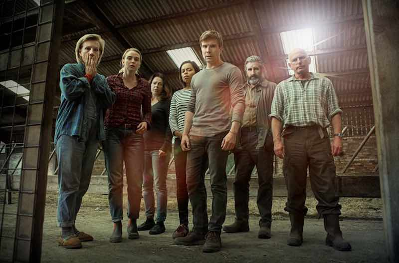 John Lynch, Laura Fraser, Gary Lewis, Juliet Stevenson, Elizabeth Healey, Joe Dempsie, and Joanna Vanderham in Retribution