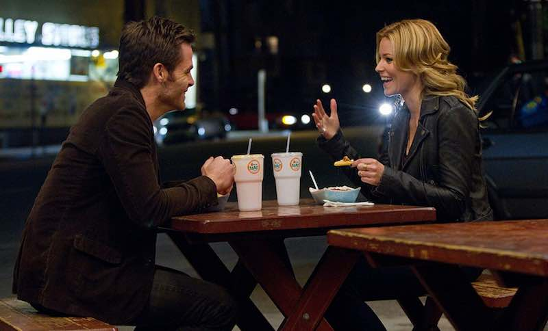 Chris Pine and Elizabeth Banks in People Like Us