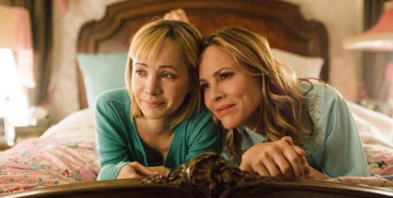 Ksenia Solo and Maria Bello in In Search of Fellini