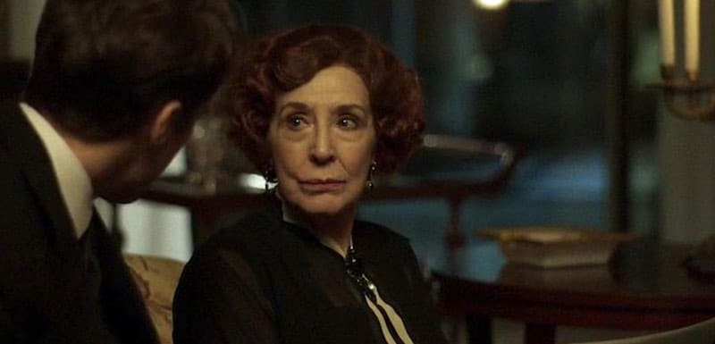 Concha Velasco in Cable Girls (Las Chicas del Cable)