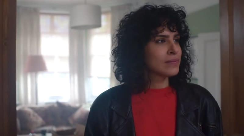 Desiree Akhavan in The Bisexual