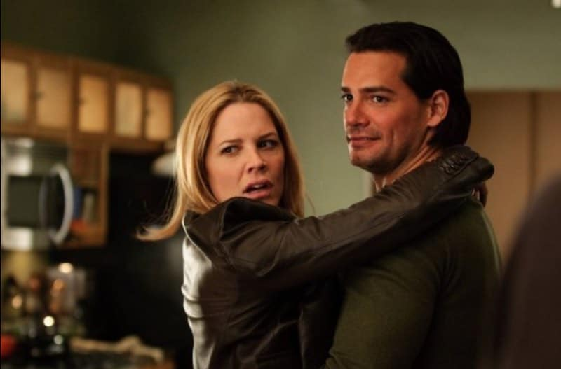 Mary McCormack and Cristián de la Fuente  in In Plain Sight