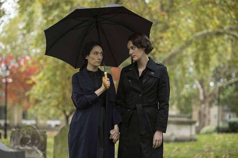 Sian Clifford and Phoebe Waller-Bridge in Fleabag