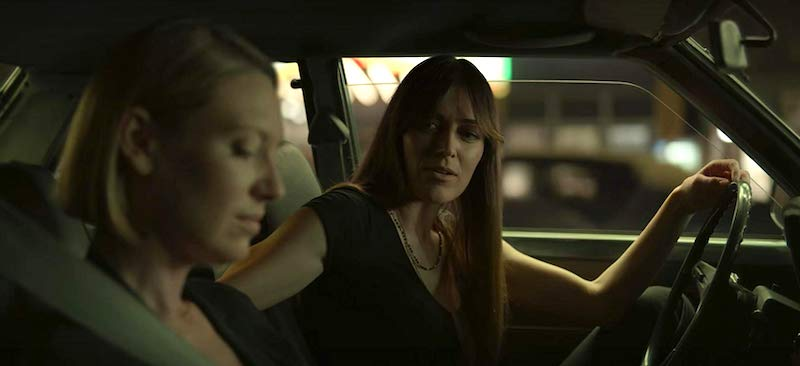 Anna Torv and Lauren Glazier in Mindhunter
