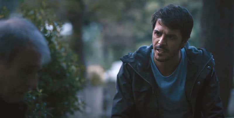 Mehmet Günsür in The Gift (Atiye)