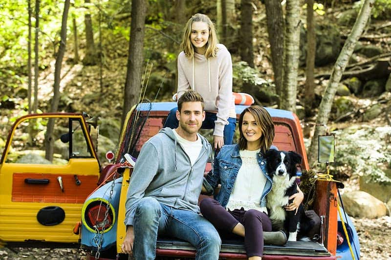 Camilla Luddington, Oliver Jackson-Cohen, Kaitlyn Bernard, and Batman The Dog in The Healer