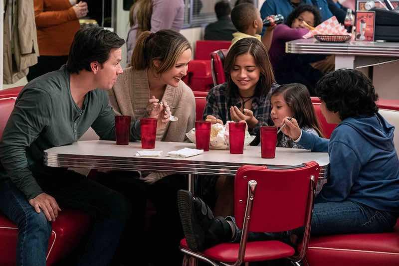 Mark Wahlberg, Rose Byrne, Gustavo Escobar, Isabela Merced, and Julianna Gamiz in Instant Family