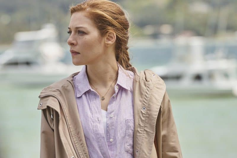 Rachelle Lefevre in The Sounds
