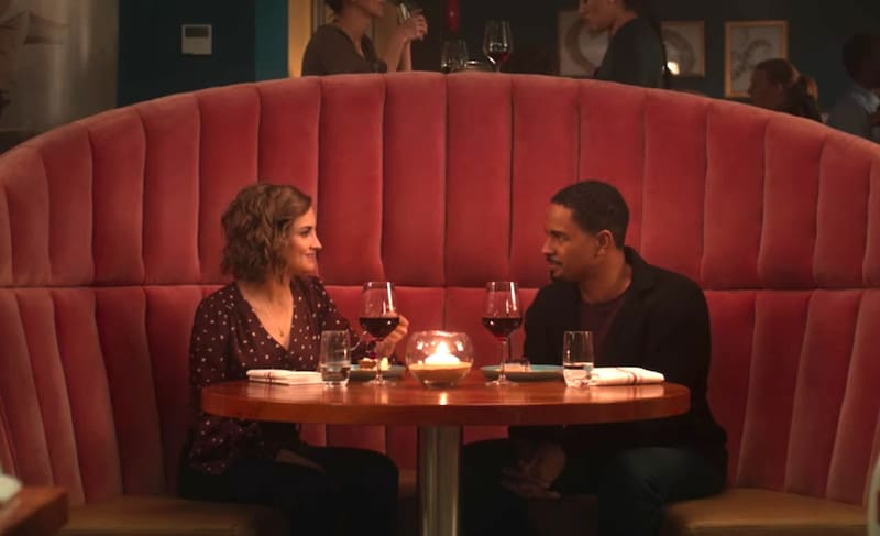 Rachael Leigh Cook and Damon Wayans Jr. in Love, Guaranteed