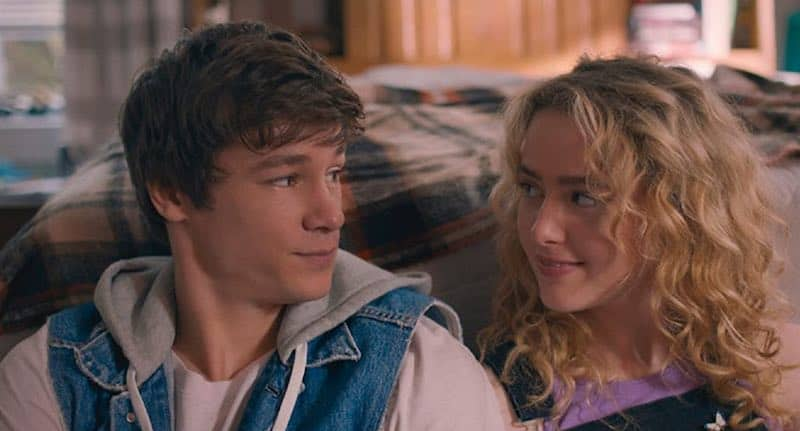 Kathryn Newton and Kyle Allen in The Map of Tiny Perfect Things