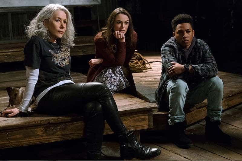 Helen Mirren, Keira Knightley and Jacob Latimore  in Collateral Beauty