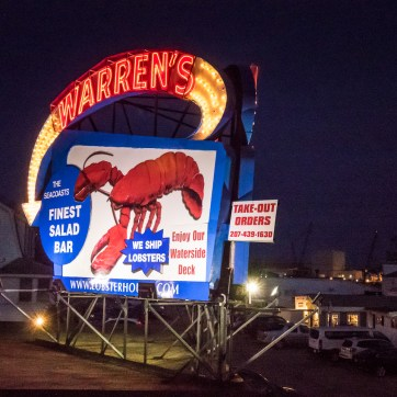 A neon sign for a lobster resturant