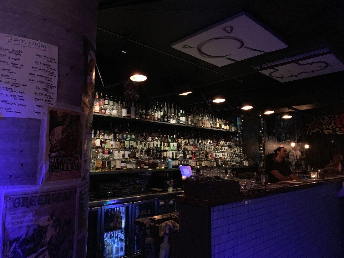 Small Bars In Wollongong - Howlin' Wolf off Crown Street