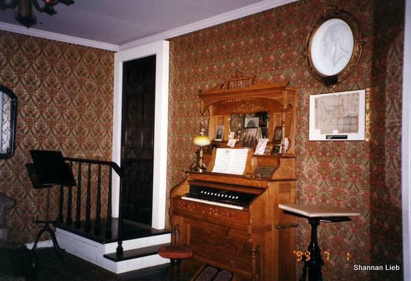Lucas Sullivant Room