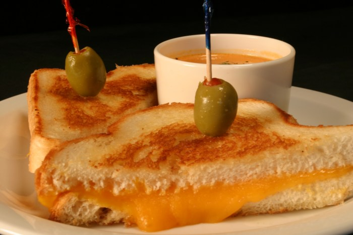 Best Post Falls Grilled Cheese Sandwich