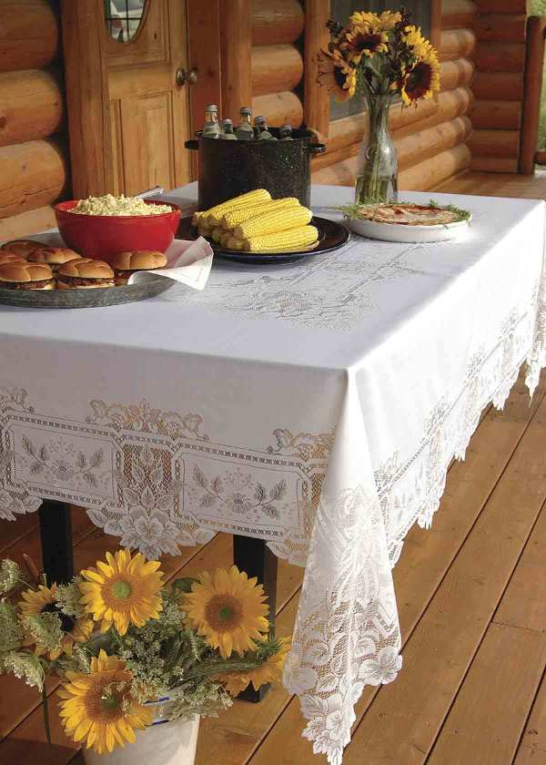 Heirloom Polyester Tablecloth