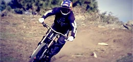 Aaron Gwin aboard his 2013 Specialized Demo