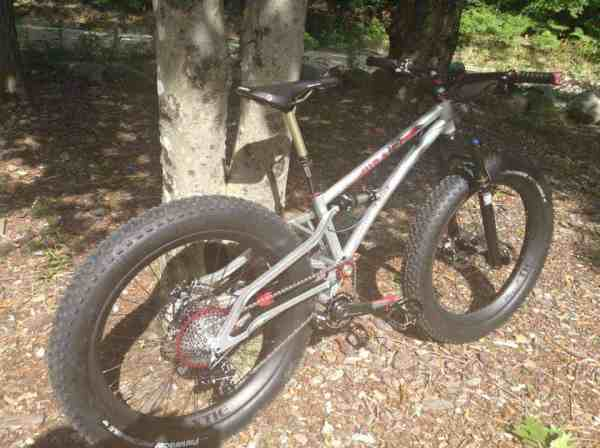 Wraith full suspension fat bike