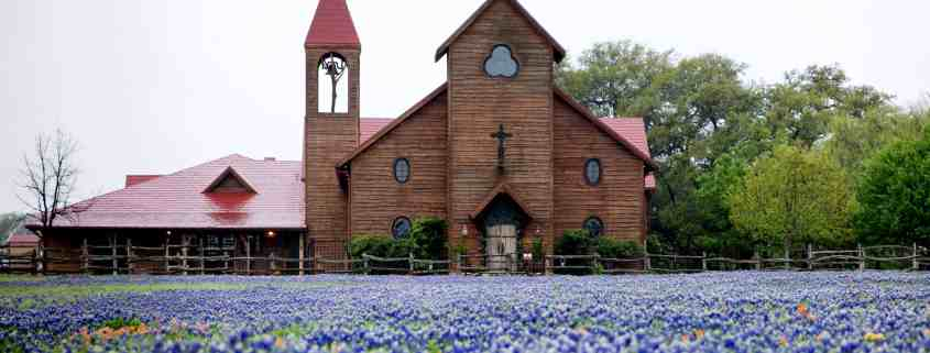 Vintage-Texas-Chapel-Bluebonnet-Field-Old-Glory-Ranch-Wimberley