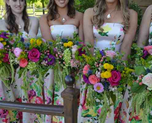 bright-colorful-bridesmaids-bouquets-hill-country-wedding-venue