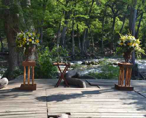 wedding-deck-ceremony-blanco-river-wimberley-event-venue